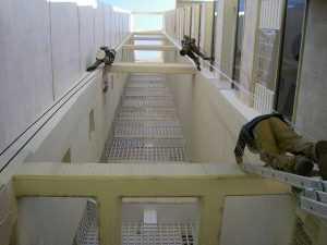 רשת יונים למסתור כביסה
